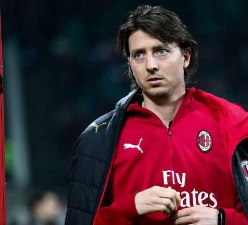 意大利足球名将蒙托利沃宣布退役