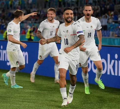 曼奇尼对意大利的哲学转变经受住了最严峻的考验,在2020年欧洲杯开幕式上击败了土耳其